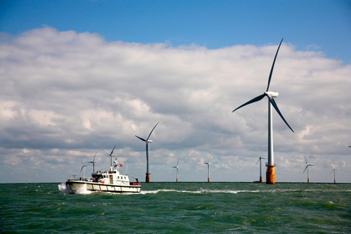 largest wind farm in world uk