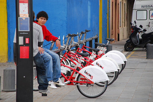bicing bike sharing program in barcelona