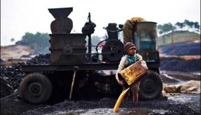 Indian child coal laborer