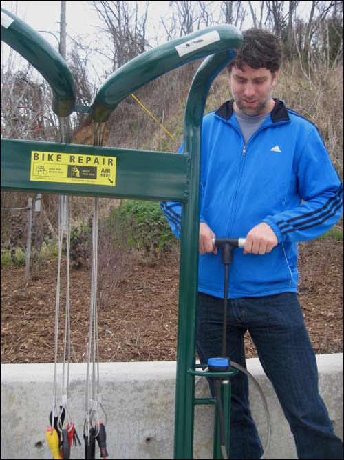 public bike repair rack