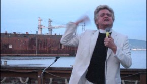 Rev. Billy at the Bayview Boat Club